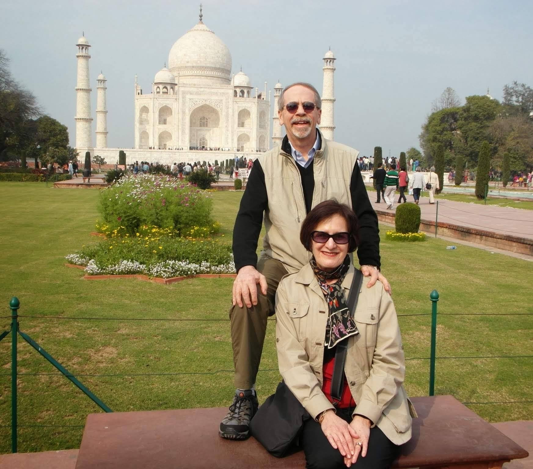 Dennis and Lynn infrot of Taj Mahal
