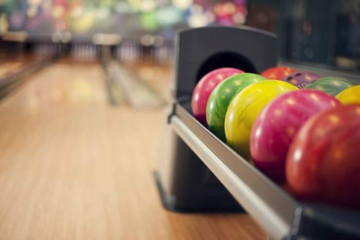 Bowling at Manhattan Superbowl