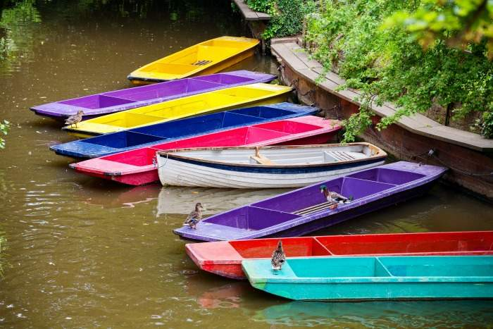 Colourful punts - River Cherwel in Oxford