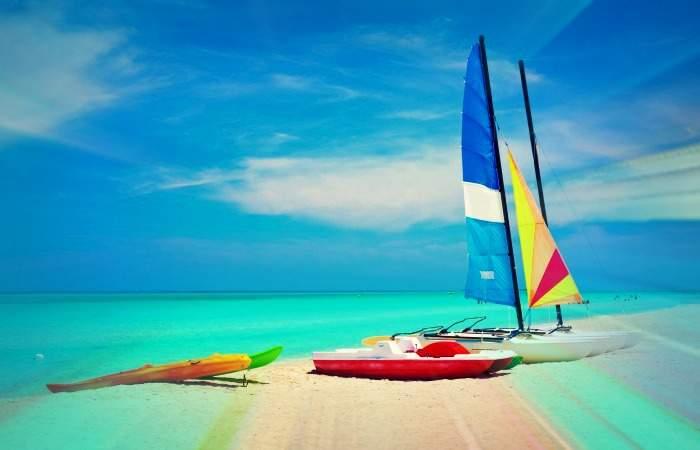 sailing-boats-catamarans-kayaks-and-water-bikes-in-the-beautiful-cuban-beach-of-varadero-with-filter