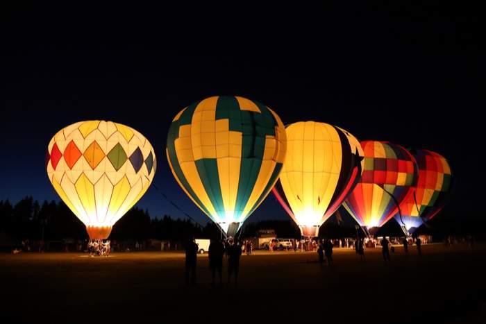 Hot air balloon festival night mooring